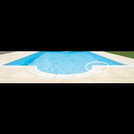 Bordo piscina classico ad angolo per scala romana